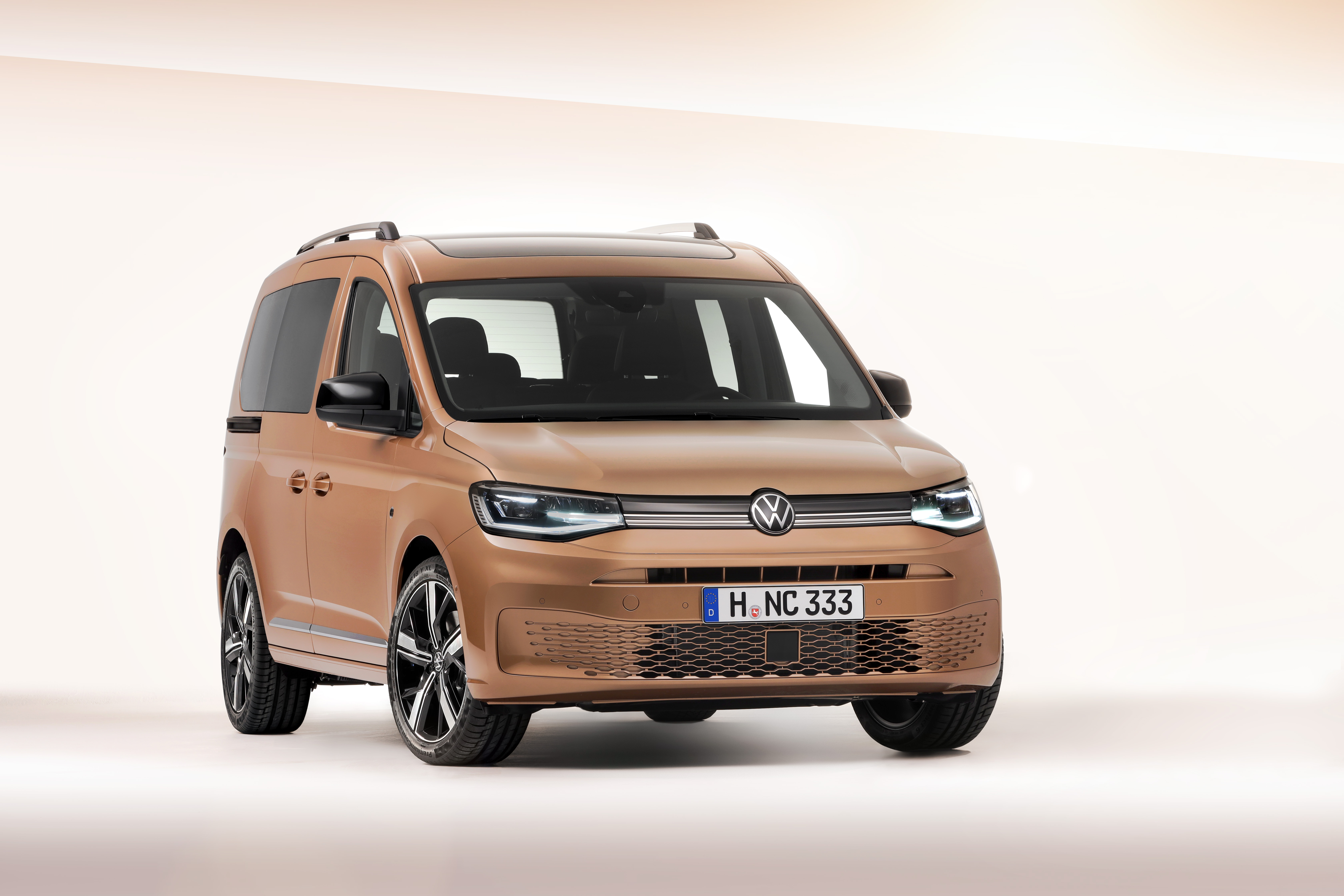 premier-for-den-5e-generationen-av-populara-volkswagen-caddy